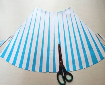 full-flare-skirt-drafting